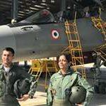 सुखोई में उड़ान भरने वाली पहली महिला रक्षामंत्री बनीं सीतारमण