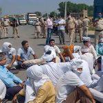 भारत बंद:कृषि बिल के खिलाफ सड़कों पर किसान