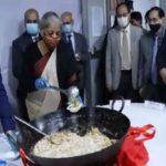 हलवा सेरेमनी से बजट कार्यक्रम की शुरुआत,वित्त मंत्री समेत वरिष्ठ ..